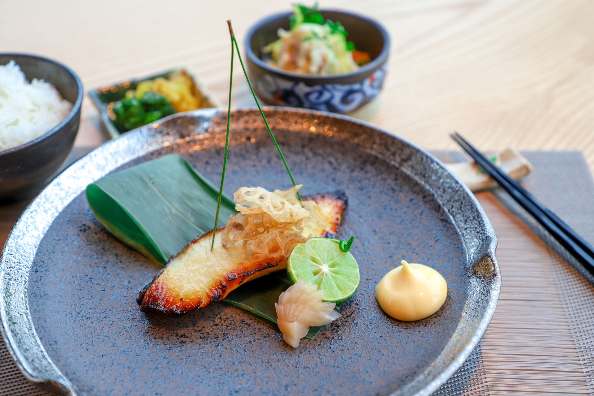 11-silver-cod-with-sweet-miso-set1