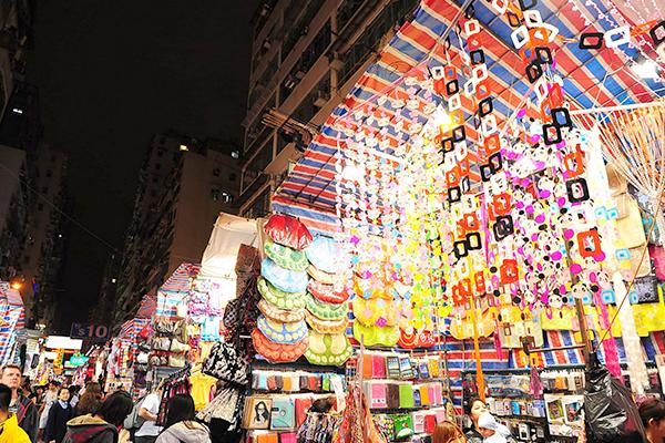 alva-discovery-hong-kong-ladies-market-night