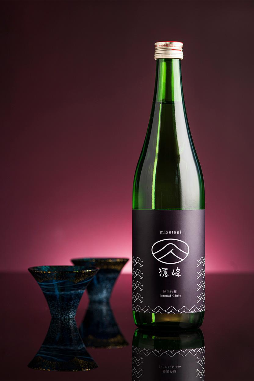 alva-gallery-dining-mizutani-sake-wine-selection