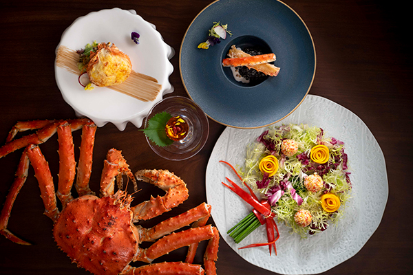 alva-offers-dining-thumbnail-grand-opening-yat-heen-crab-set-overview